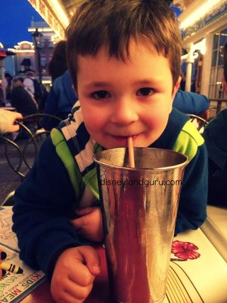 Carnation_cafe